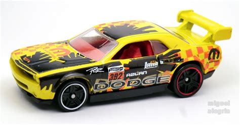 Hotwheels Dodge Challenger Drift Car B 95 dodge challenger drift car wheels wiki
