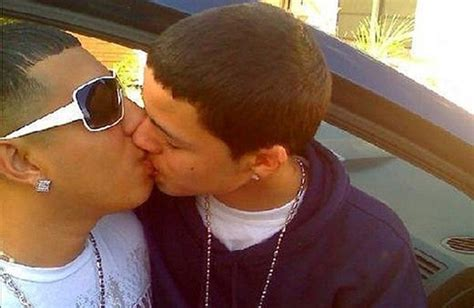 Meme And Rico Sex Tape - go gossip popular latina rapper pictured kissing another