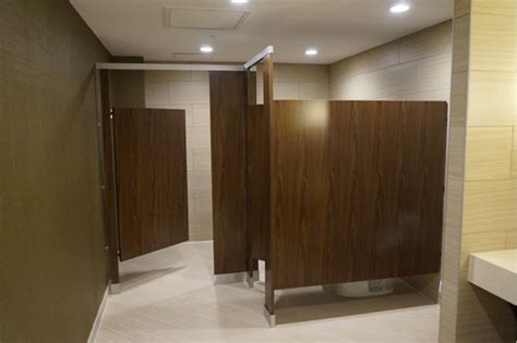 toilet partitions co bathroom partitions 28 images toilet partitions darby doors llc ironwood manufacturing