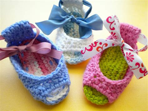 free crochet pattern for baby sandals annavirginia fashion piggy peeps baby shoes pattern
