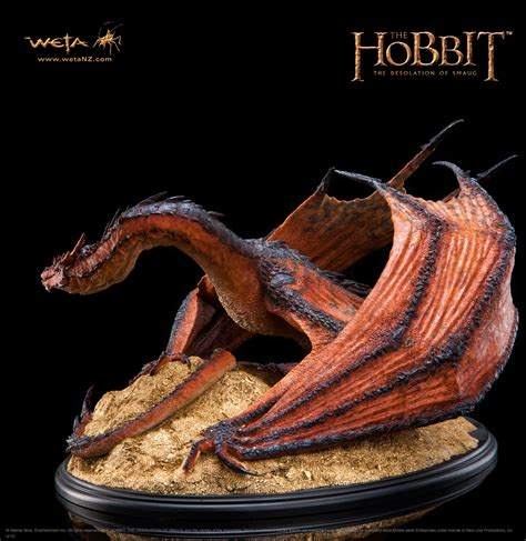 imagenes del animal weta smaug the terrible now available for pre order at the