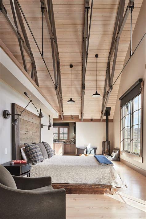 spectacular gambrel barn home perfect  entertaining