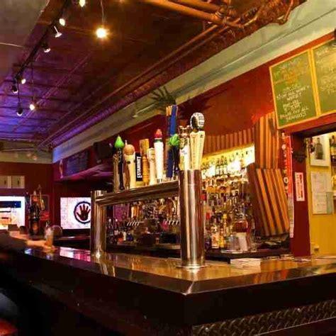 top bars in milwaukee the best beer bars in milwaukee thrillist
