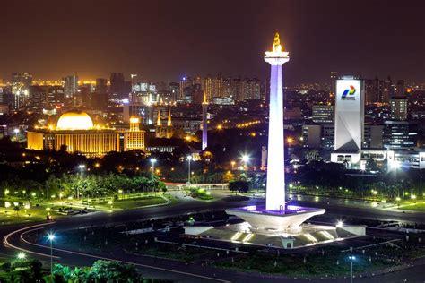 Di Jakarta Taman Monumen Nasional Monas Jakarta Konsumenreview