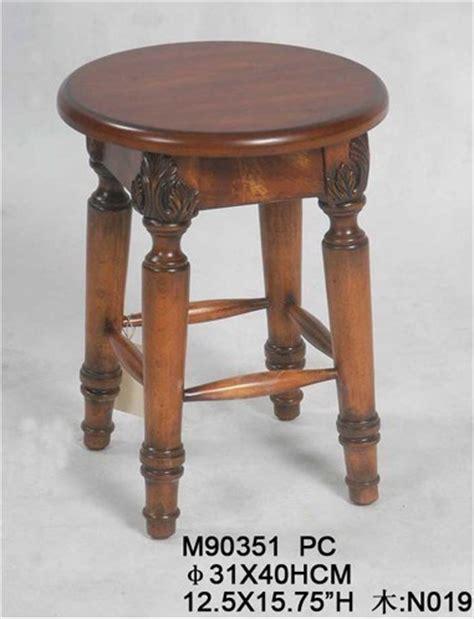 sgabelli antichi sgabello di legno sgabello di legno antico di disegno