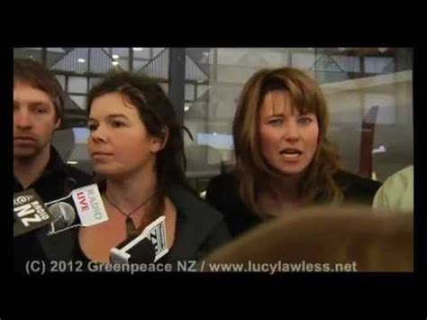 lucy lawless in spiderman lucy lawless 3 seconds in spider man 2002 lucy