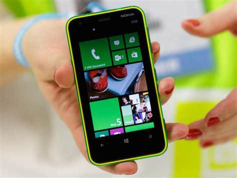 Nokia Lumia Febuari harga nokia lumia 620 februari 2013 dan spesifikasi lengkap caroldoey