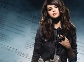 Selena gomez falling down selena gomez fan art 16008913 fanpop
