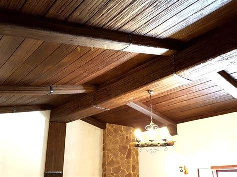 travi soffitto finto legno pannelli finto legno per soffitto galleria di immagini