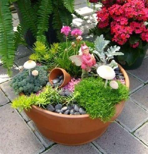 cómo decorar tu jardín con piedras c 243 mo hacer un jard 237 n en miniatura e im 225 genes de algunos