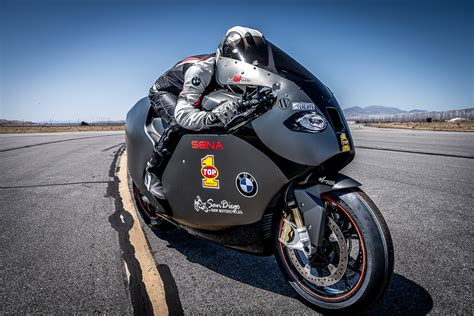 Fastest Bmw Motorcycle by Meet The World S Fastest Bmw S 1000 Rr 381km H