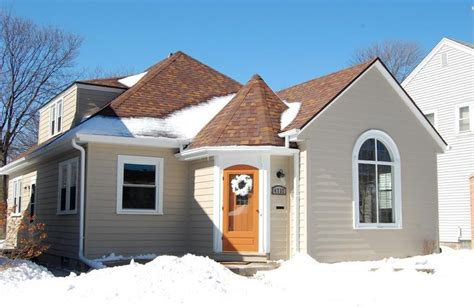 we buy houses milwaukee we buy houses in whitefish bay milwaukee house buyers