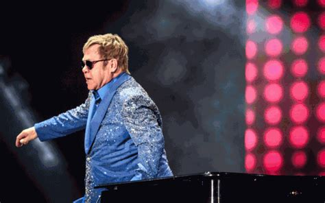elton john gif 33 little known facts about elton john page 4 of 5