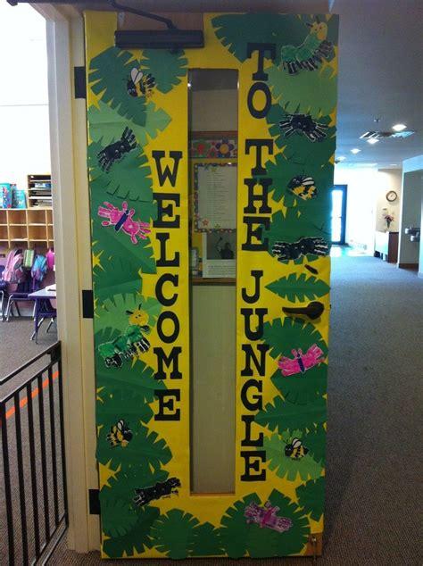 classroom door 4021 best decorating classroom door images on