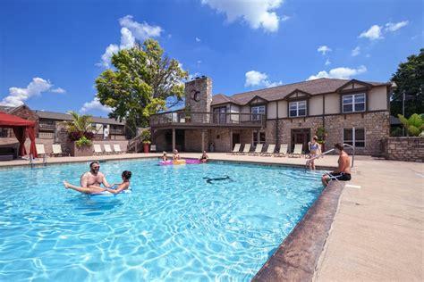 2 Bedroom Apartments In Cincinnati olentangy commons rentals columbus oh apartments com