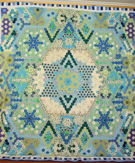 Hexagons Patchwork - 1876 best hexagon quilting images on hexagons