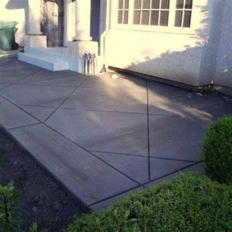 Cement Backyard by 25 Best Ideas About Cement Patio On Concrete