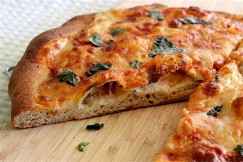 pizza nel forno di casa come fare la pizza nel forno di casa roba da donne in cucina