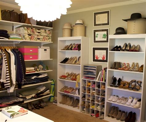 six steps to organize your closet in one weekend north the sunday brief 3 easy steps to clean your closet
