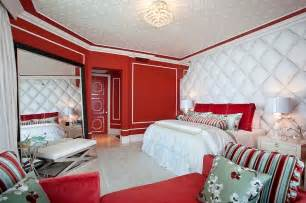 Red And White Bedroom Ideas 23 Bedrooms That Bring Home The Romance Of Red