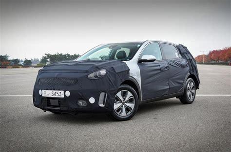 Does Kia Make A Hybrid Kia Niro Hybrid Makes Its European Debut At Geneva Autocar