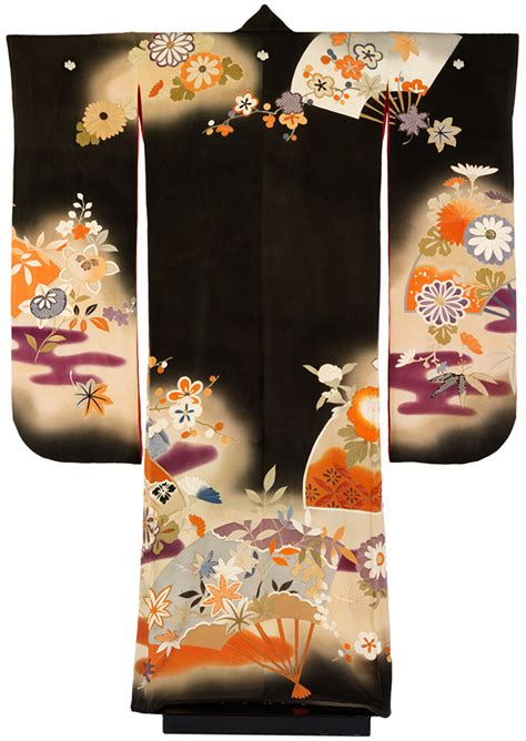 japanese pattern dirks the banks collection a history of the kimono victoria and albert museum