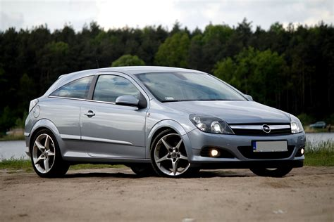 opel astra 2005 sport image gallery opel astra h gtc