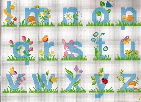 punto croce lettere disney grande raccolta di schemi e grafici per punto croce free