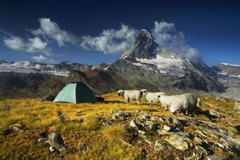 tenda montagna una tenda tra le l fotografo per le