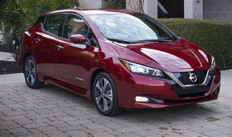 2019 nissan leaf 2019 nissan leaf pricing announced to start from 30 795