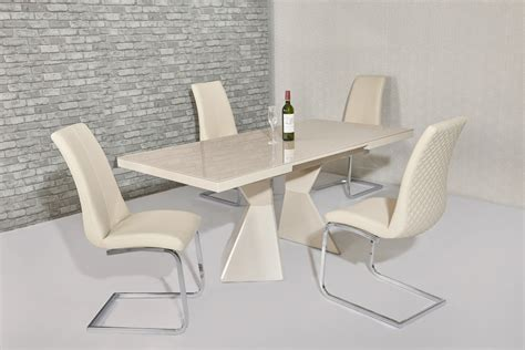 Extending Glass Dining Table And Chairs Extending Glass Gloss Dining Table 6 Chairs Homegenies