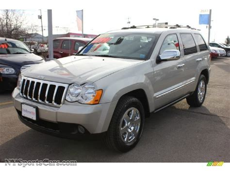 dark gray jeep cherokee 2010 jeep grand cherokee laredo 4x4 in light graystone