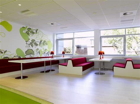 creative home interiors 集团开发部门办公室装修设计案例 大型办公室