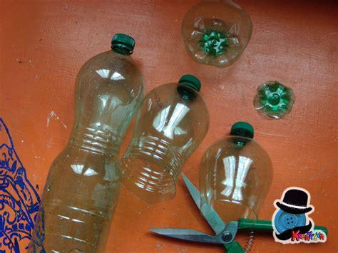 fare fiori con bottiglie di plastica come realizzare calici con bottiglie di plastica
