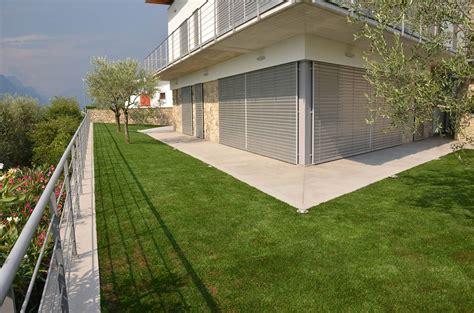 posa erba sintetica su terrazzo posa erba sintetica su terrazzo