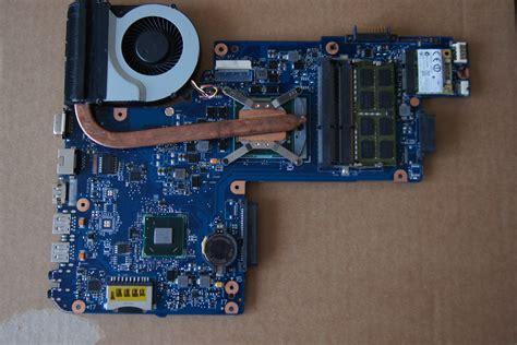 toshiba c850 r12 touchpad nie działa num lock świeci nie działa kilka klawiszy