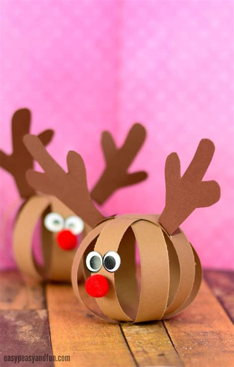 reindeer paper craft paper reindeer craft easy peasy and