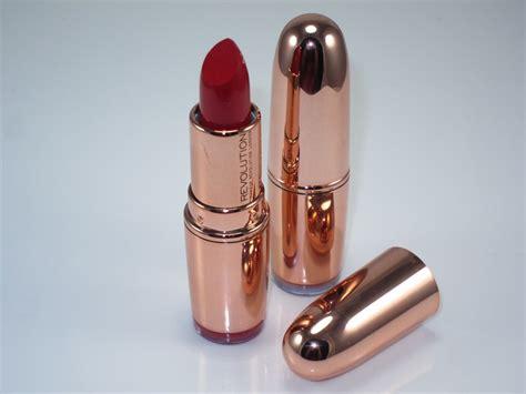 Lipstik Golden makeup revolution gold lipstick review swatches