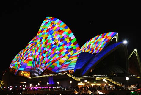Sydney Opera House Lights Up In Glorious Patterns For The Lights Australia