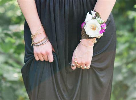 DIY: Boho Flower Bracelet