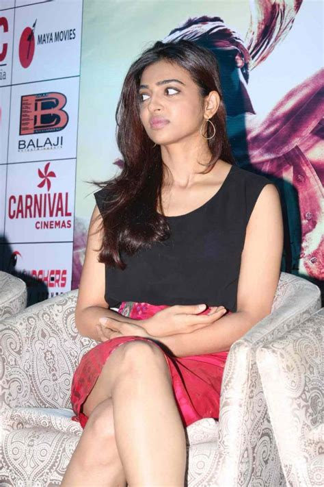 actress radhika wiki radhika apte wiki biography age movies list family