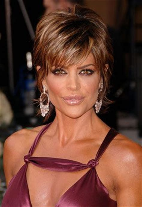 lisa rinna weight off middle section hair 39 best images about lisa rinna s new hair style on