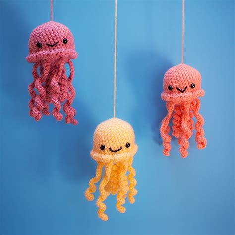 pattern hanging amigurumi jellyfish kawaii jolly jellyfish amigurumi by amyula on deviantart