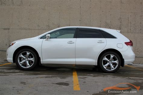 toyota awd cars 2013 toyota venza v6 awd touring edition envision auto