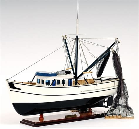 wooden model shrimp boat kits gulf shrimp trawler work boat wooden fishing model 25 quot ebay