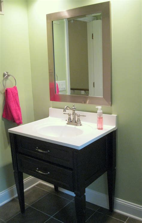 baize green by sherwin williams bathrooms