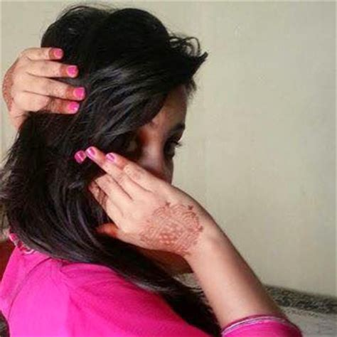 Indian Girls Hide Face | facebook display pictures