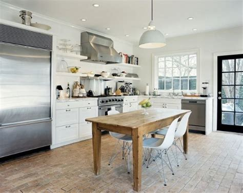 3 tips to help you find the right kitchen table