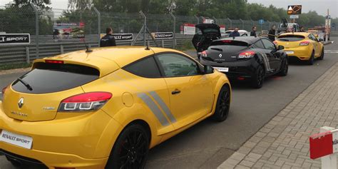 renault megane trophy renault megane rs275 trophy review lapping the
