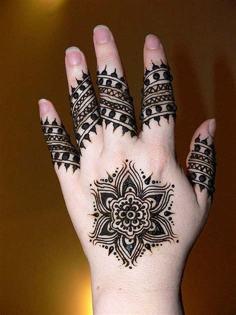how to put mehndi designs for hands step by step